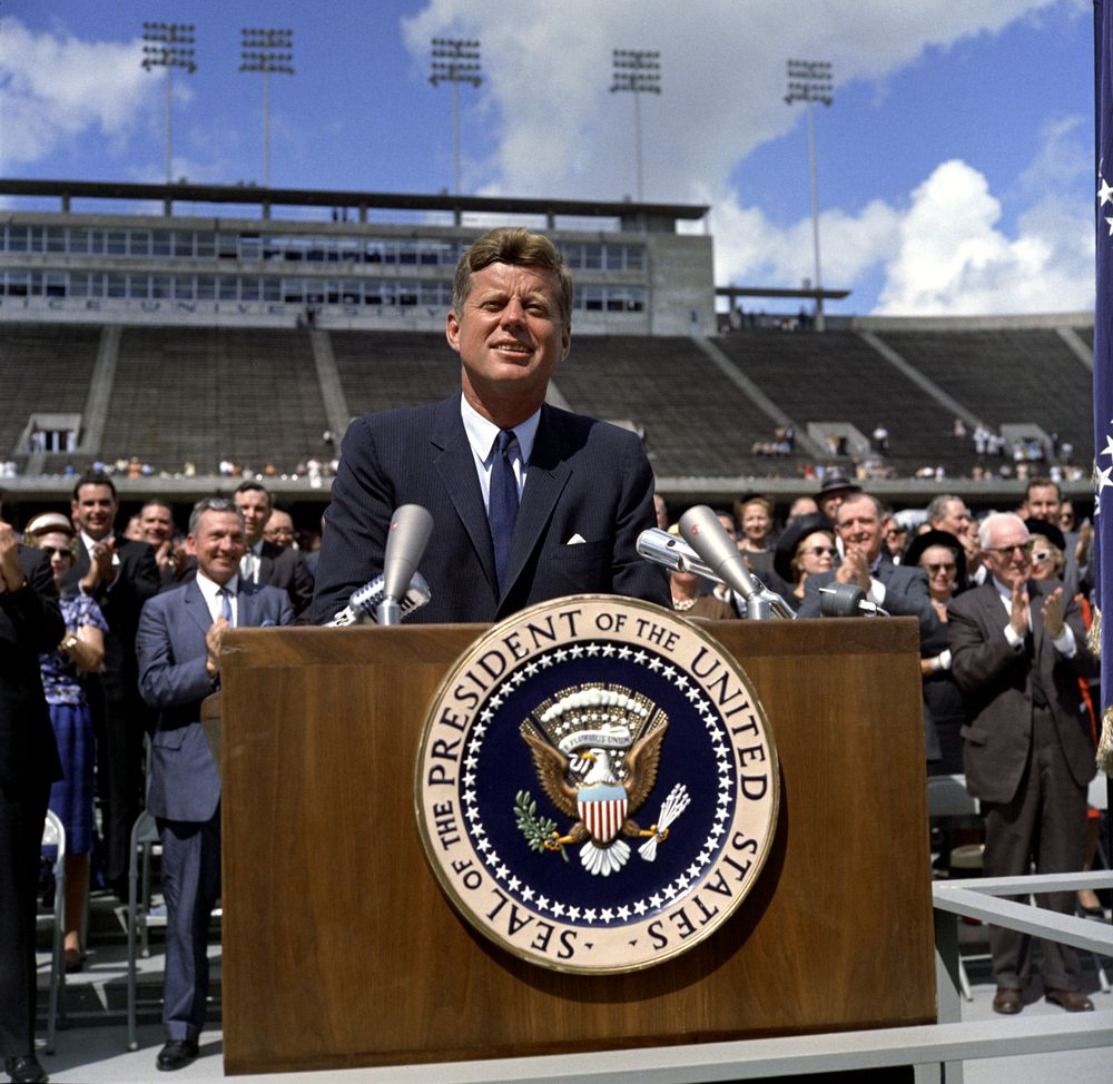 Photos credit: Robert Knudsen, JFK Presidential Library and Museum.